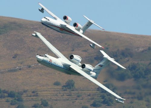 俄军将装备世界最大两栖飞机 起飞重量可达90吨