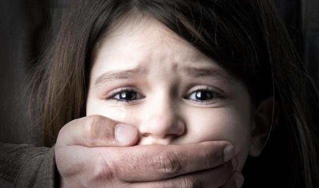 人贩子自述:没我拐不走的孩子,骗术再次升级,父母要多加小心