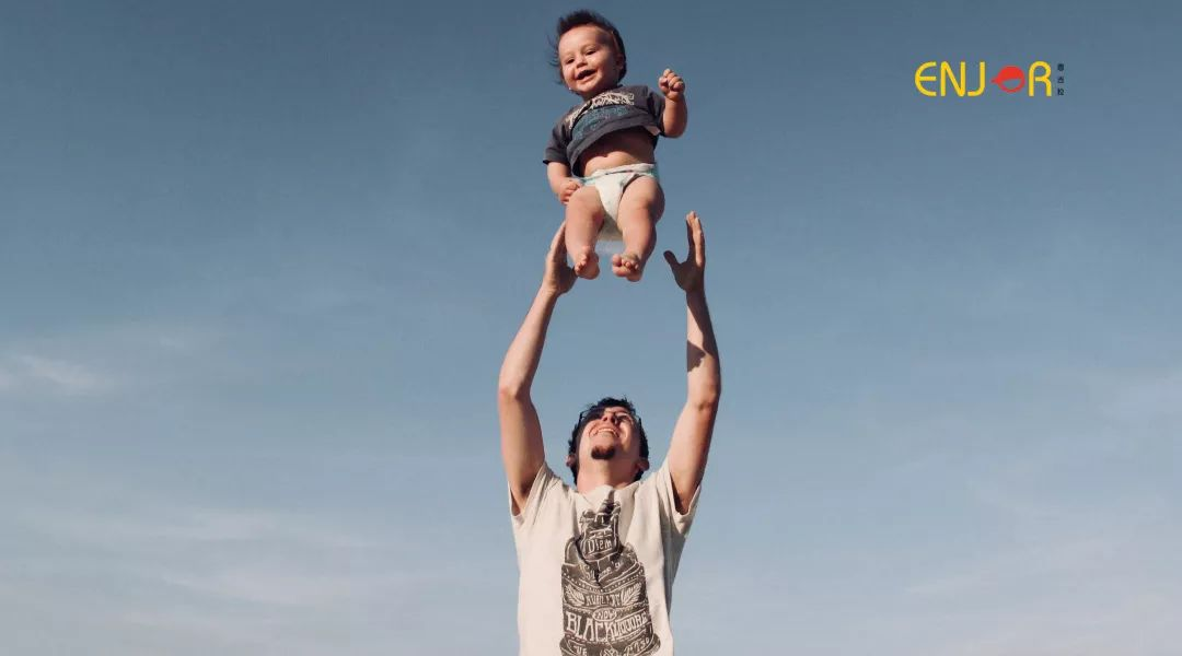 """""""举高高""""导致孩子被送急救,这6种游戏,别再和孩子玩了!"""