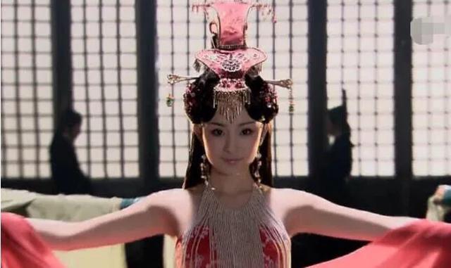 """<b>杨幂19岁时有多撩?扮演""""舞姬""""如若天仙,网友:美到骨子里!</b>"""