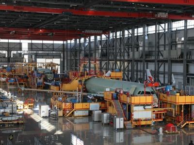 空客与中国航空工业拓展协作 在天津展开单通道飞机机身体系装置