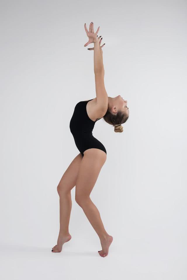 原创            大马被迫退出体操项目赛事:穿着暴露动作不雅,除非观众全是女性