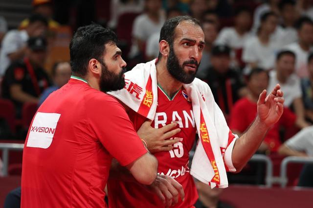 伊朗9分战胜安哥拉取世界杯首胜,巴赫拉米21分哈达迪9+5
