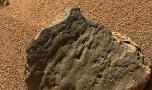 火星疑似出现新型微生物,不需水源维持,它们存在方式令人疑惑