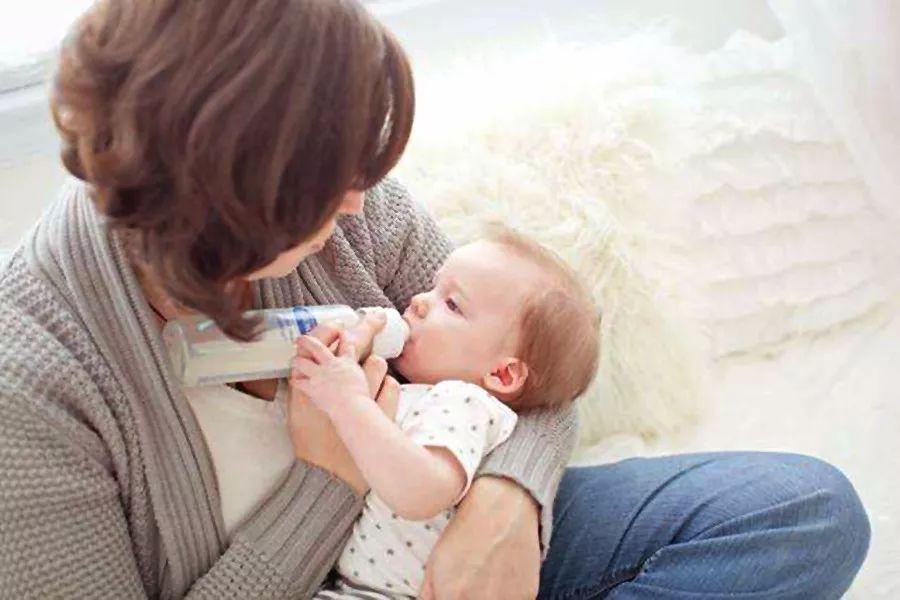 月子里的宝宝没那么难伺候,掌握这些技能助您轻松带娃