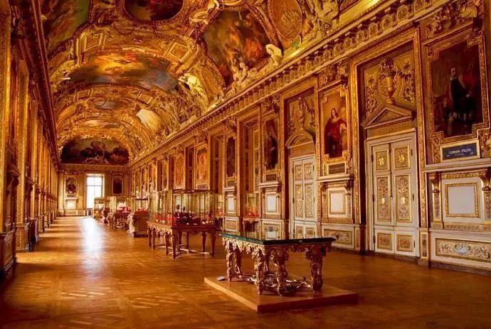 法国卢浮宫博物馆