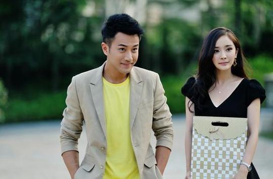 离婚后杨幂忙工作传绯闻,刘恺威当爹又当妈,陪女演出买学习用品