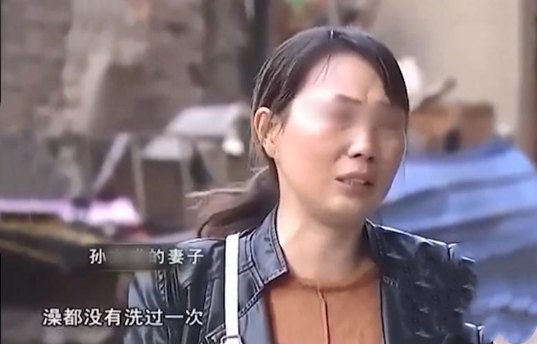 为夺孙女彩礼钱,7旬老太强行住进男方家,十几天不洗澡臭气熏天