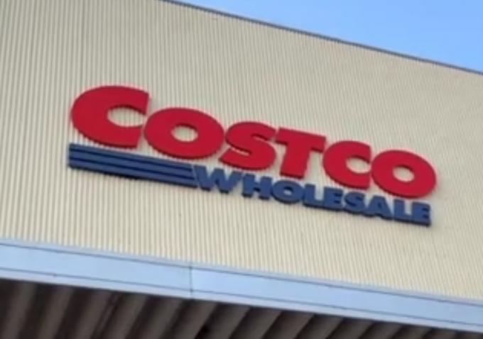 爆火的Costco退烧会员退卡:买东西要排队两三个小时实在受不了