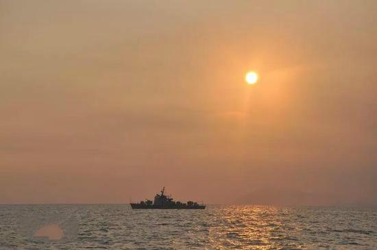 中国8艘军舰退役后,引发亚非拉多国哄抢,白宫要求不许出售这3国
