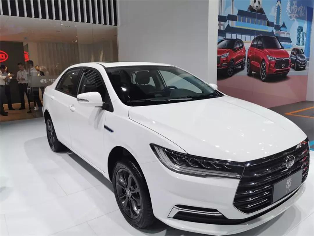 比亚迪全新秦/秦EV正式预售,6.68万箱。会不会成为紧凑型家用车市场的杀手?