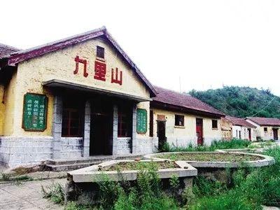 从扳道员到安全监察员,54岁的王国庆见证中国铁路变迁