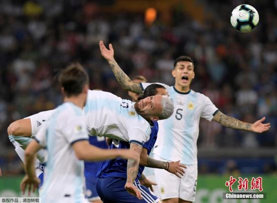 黄牌大战!友谊赛阿根廷0:0闷平智利 1