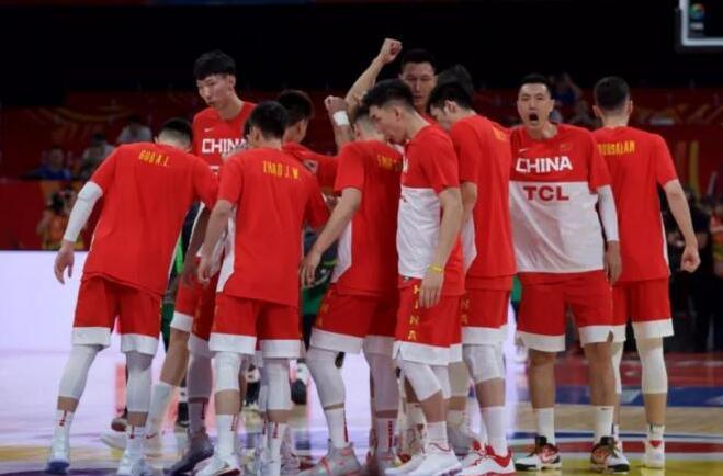 """中国男篮打排位赛 """"楠辞琦咎""""未到时"""