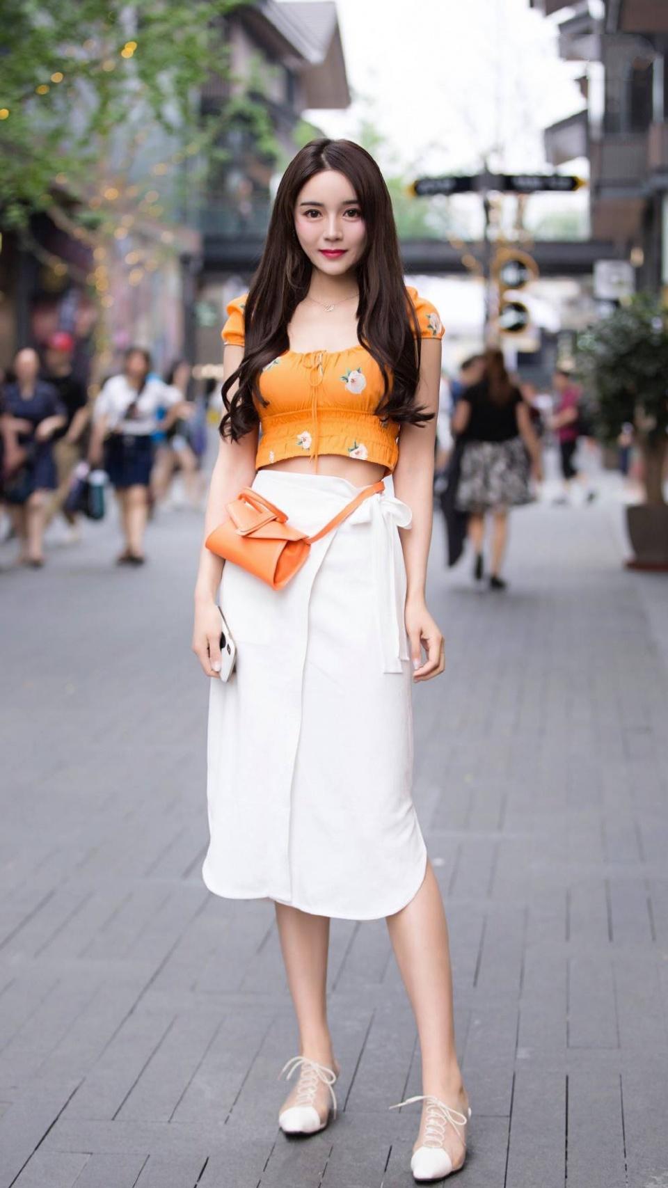 30岁的女人出门这样穿,气场一点都不输,减出20岁年轻效果