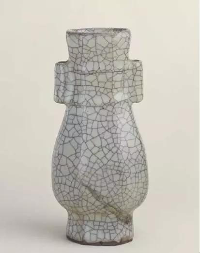 冰裂纹金丝铁线瓷器图片
