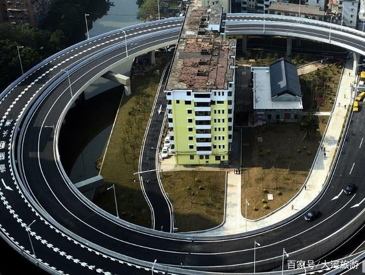 广州最牛钉子户,政府耗资上亿元为其绕道,如今竟成一道奇观!