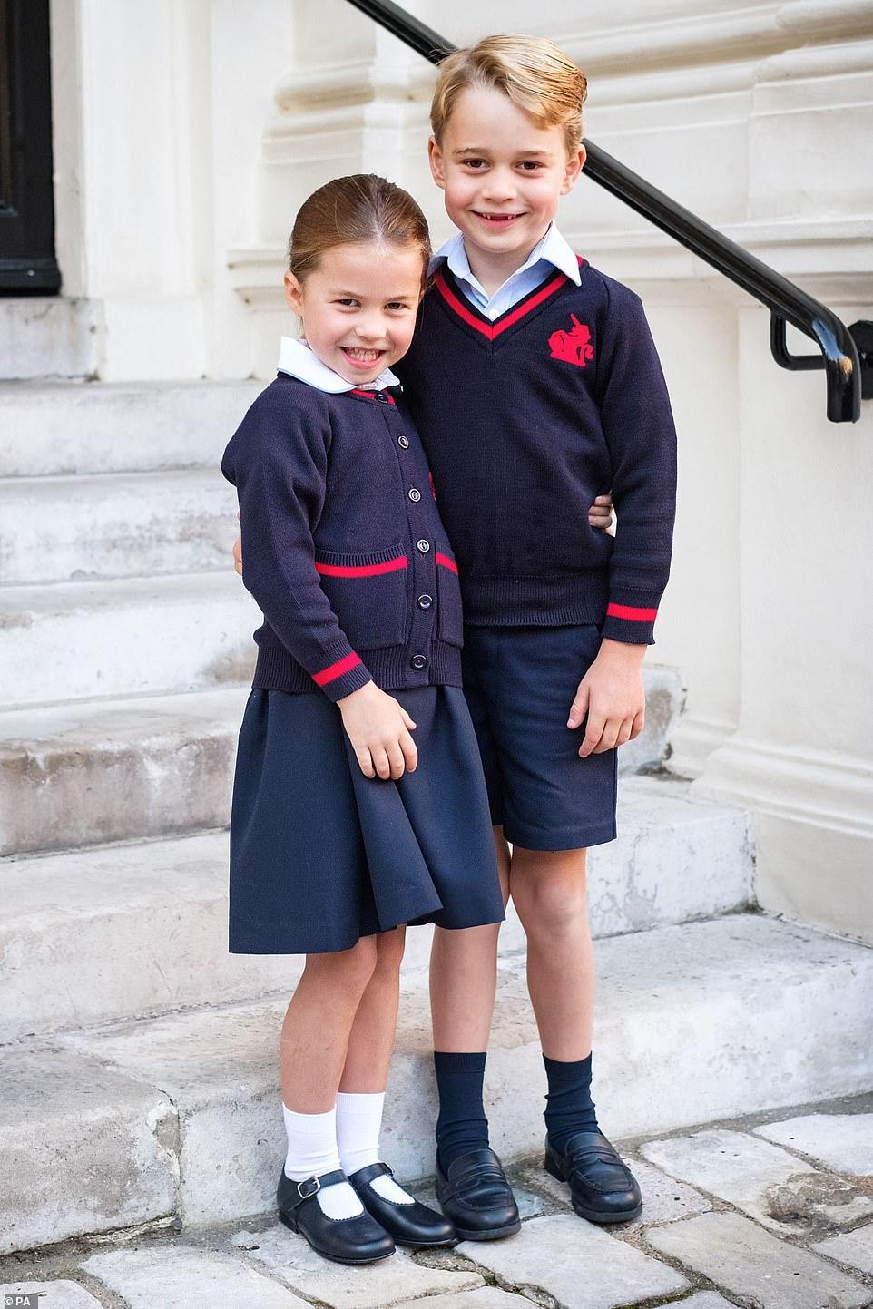 乔治夏洛特双双退学 英媒:兄妹俩成校园