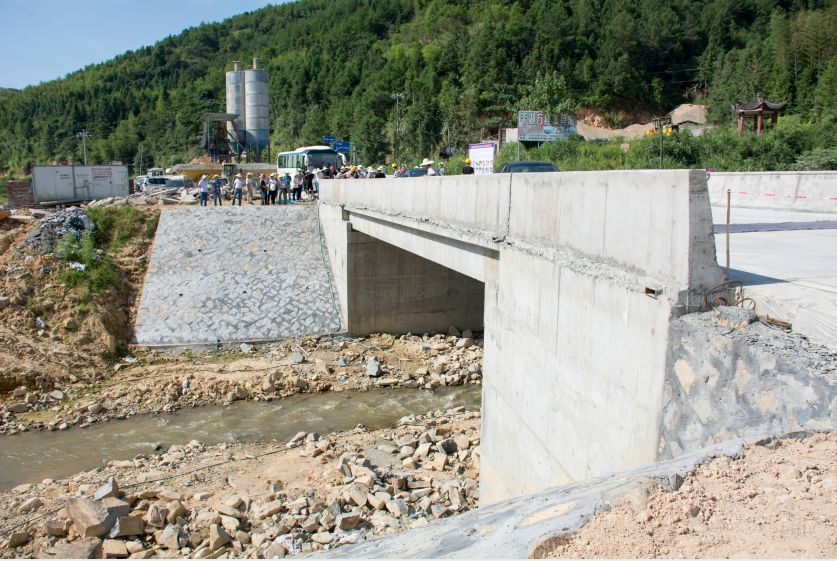 古田平湖连接屏南长桥这段公路,