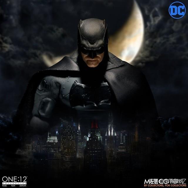 模玩资讯:MEZCO蝙蝠侠SupremeKnight1/12比例人偶作品