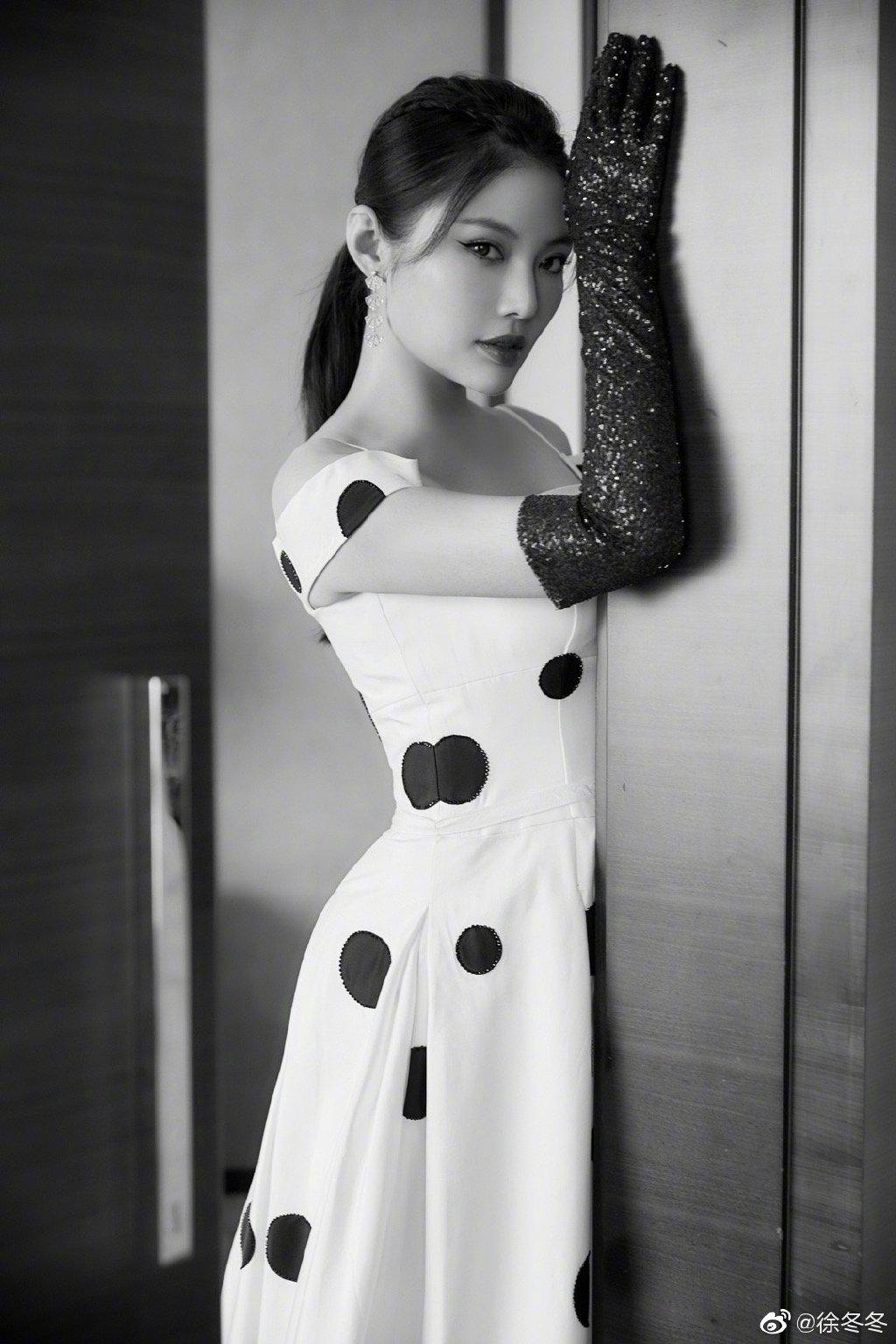 网络电影领军人物浮出水面 她是90后女演员徐冬冬
