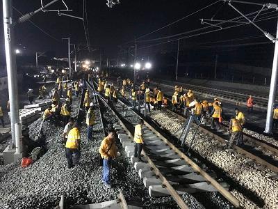 """徐盐铁路正式接入国家""""八纵八横""""高铁网 预计年底建成通车"""