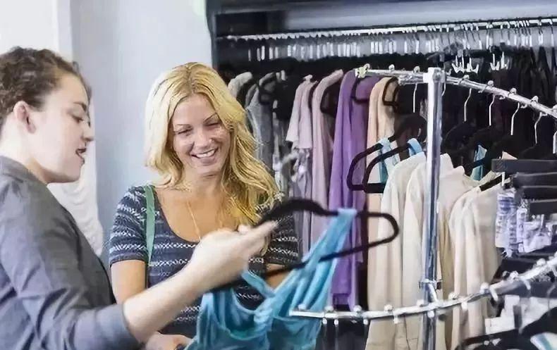 女人什么时候爱操屄_有的时候顾客不是真的想离开,而是想试探你的态度.