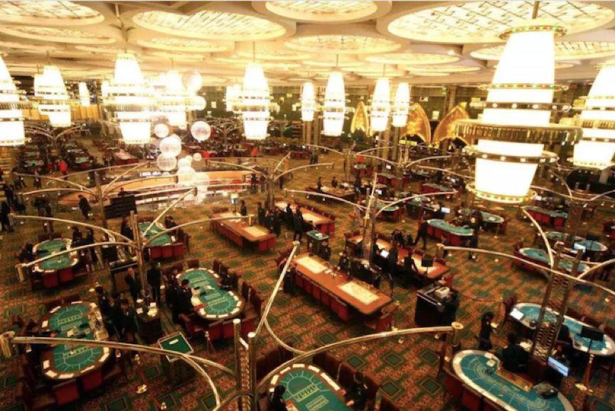 又一个邻国赌场合法化:赌场环伺中国,有深圳老板输掉十几亿,拖垮公司