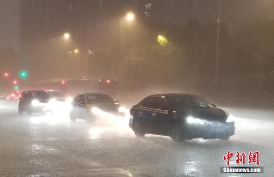 """台风""""玲玲""""将给东北带来强风雨 西南等地有强降雨"""