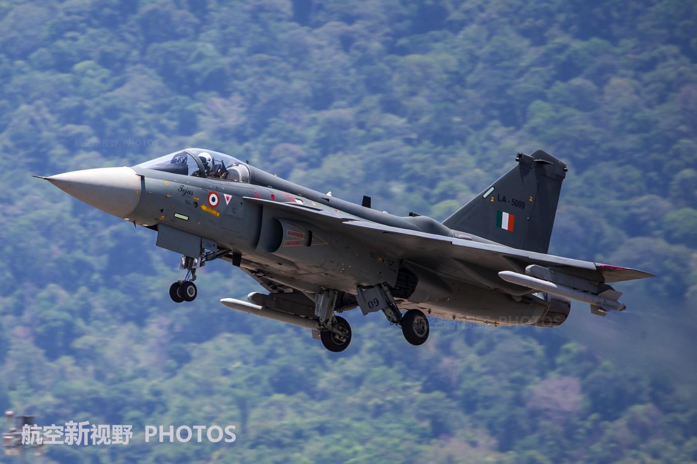 印度有钱有技术,36年已生产32架LCA战机,计划生产324架雄心勃勃