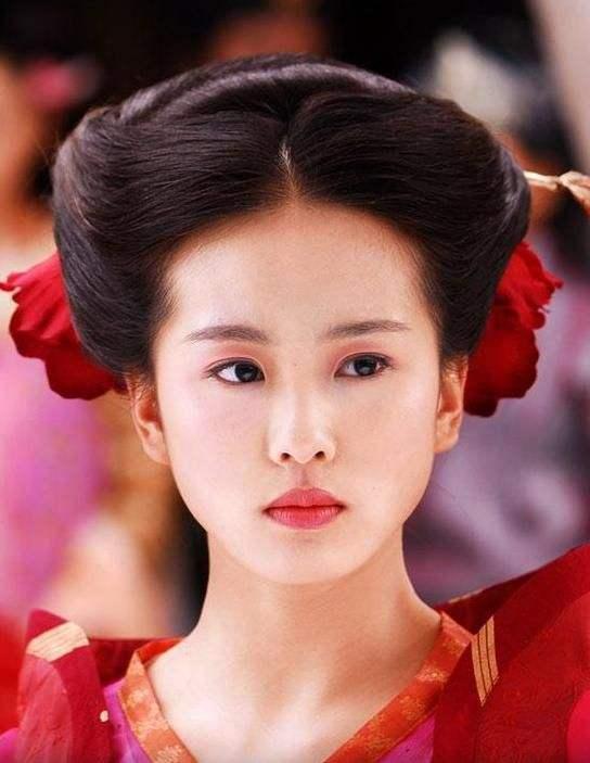 刘诗诗朱一龙要协作了?曝两人将合拍《亲爱的本身》,丁黑执导