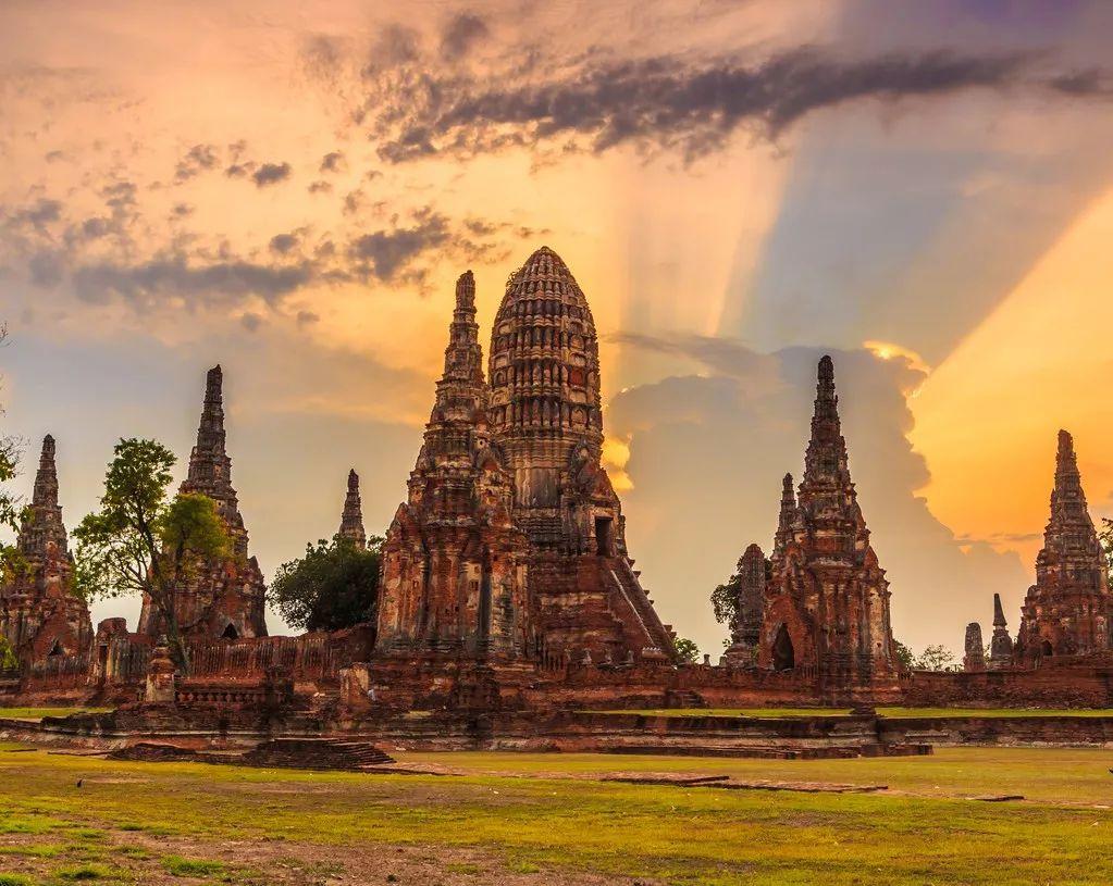普吉岛 ◢ 普吉岛,是泰国最大的岛屿,最小的府,坐拥绝美的风景.