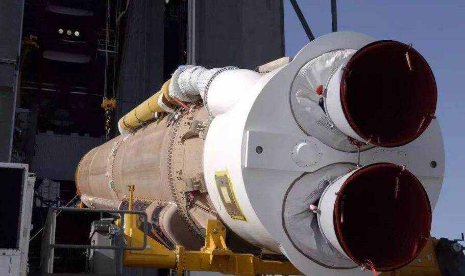 俄停止向美国供应火箭发动机_终于轮到美国遭制裁,俄发动机技术领先,直接表示不卖美国_火箭
