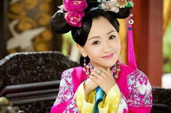她与令妃出身相同,被56岁雍正宠幸,生下小儿子,却被乾隆送人
