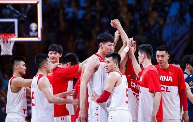 今晚8点,中国男篮要开始做算术题了,16分的优势能否坚持住?