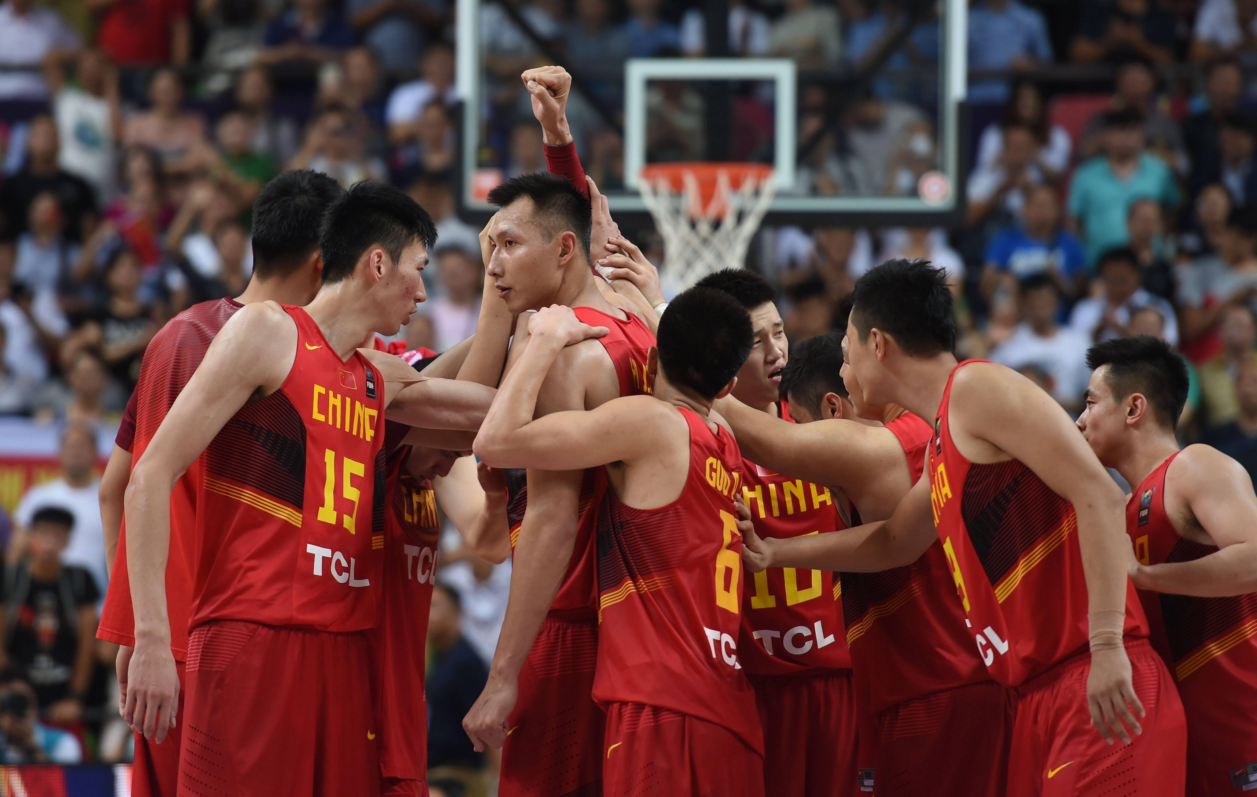 原创            若易建联退役,中国男篮将成亚洲三流!为何国家队的好苗子少了?