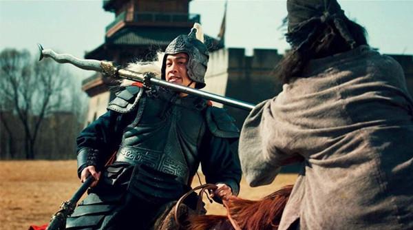 曹操在赤壁之战后败多胜少 其实在赤壁之战前,曹操输得更惨图片