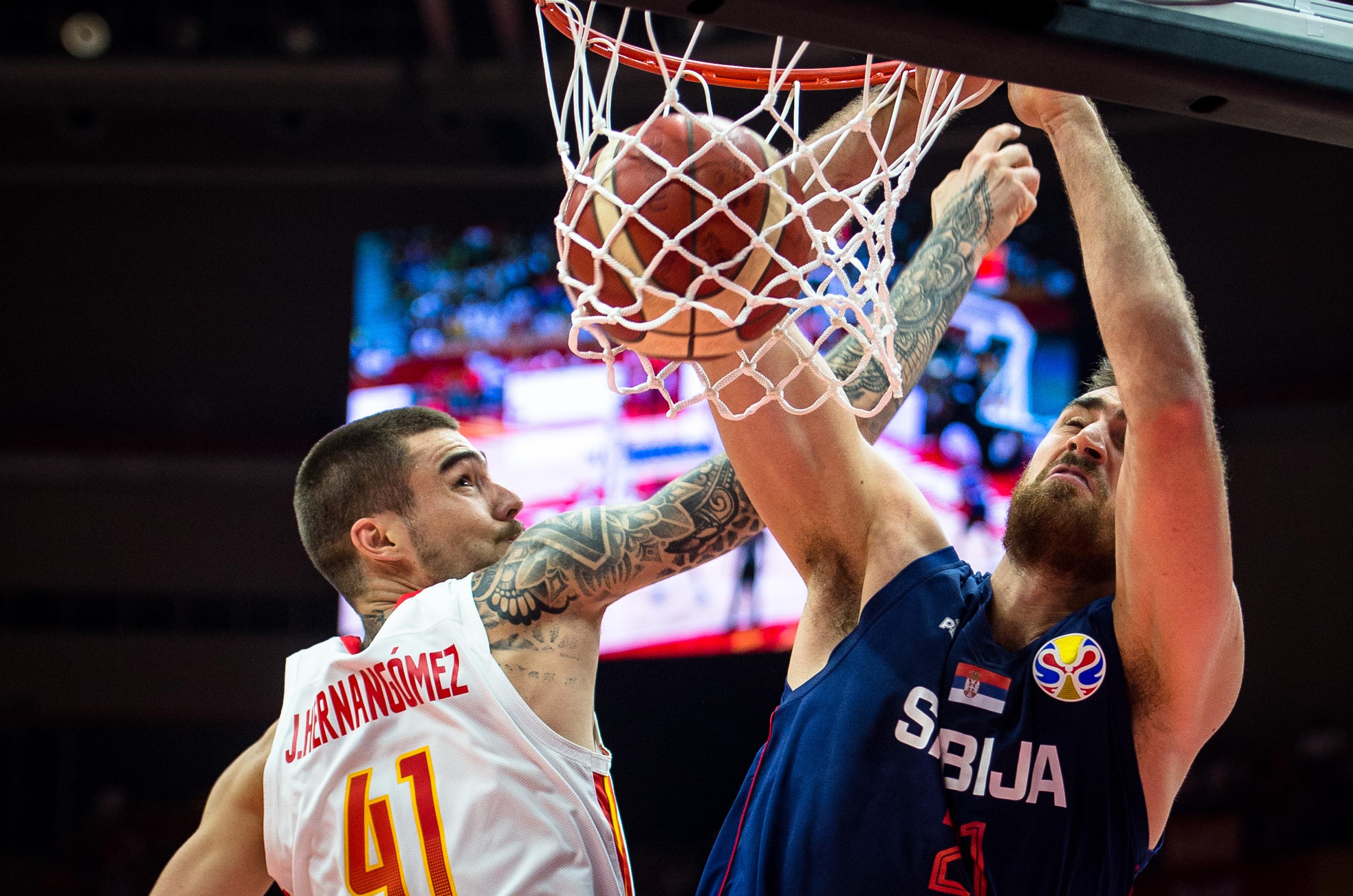篮球——小组赛第二阶段:西班牙队对阵塞尔维亚队