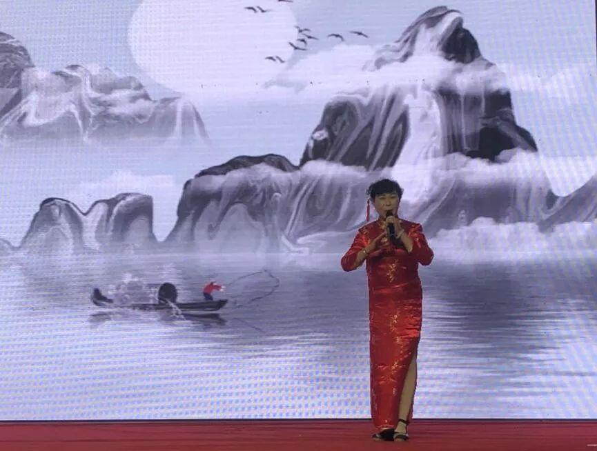 《共筑中国梦》图片