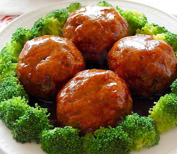 经典鲁菜四喜丸子的做法,好吃又美观
