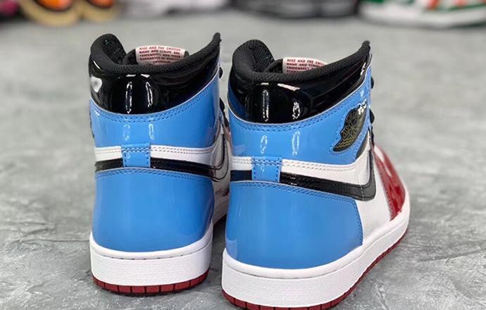 两款 Air Jordan 1发售,这谁顶得住?