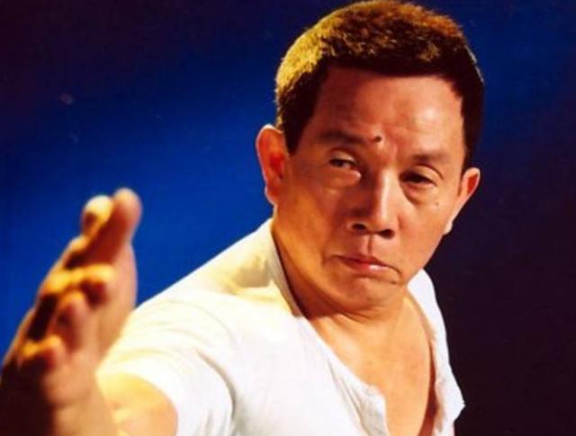 他曾是一代武术大师,令洪金宝都敬佩,去世时半个娱乐圈为其送行