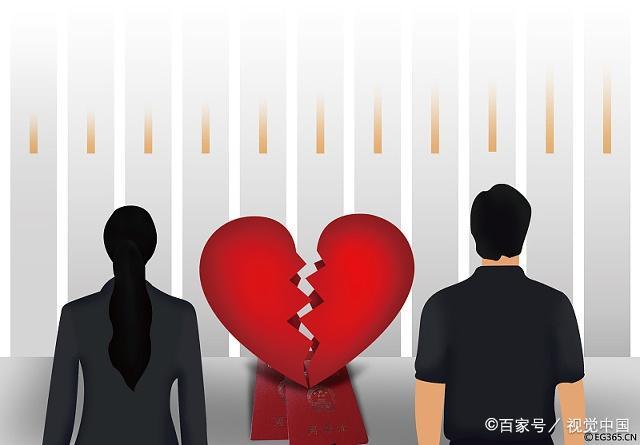 """40年夫妻抵不过""""有情人"""" 6旬老太承认出轨要离婚:跟他过太恶心"""
