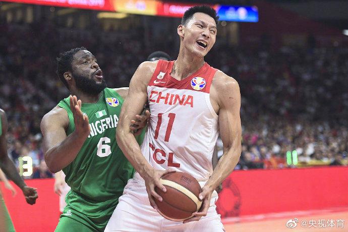 人民锐评:中国男篮,何去何从?