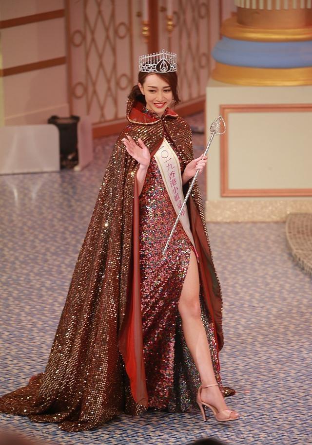 黄嘉雯港姐冠军 网友:神似郭可盈,气质绝佳