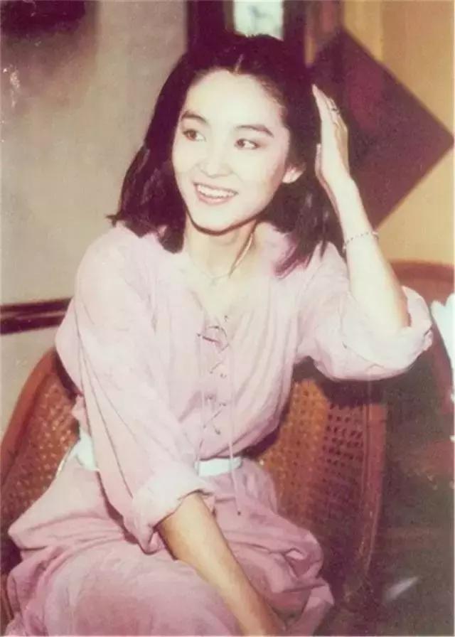 """神似林青霞的""""00后"""",全中国都看着她长大!文化,历史!"""