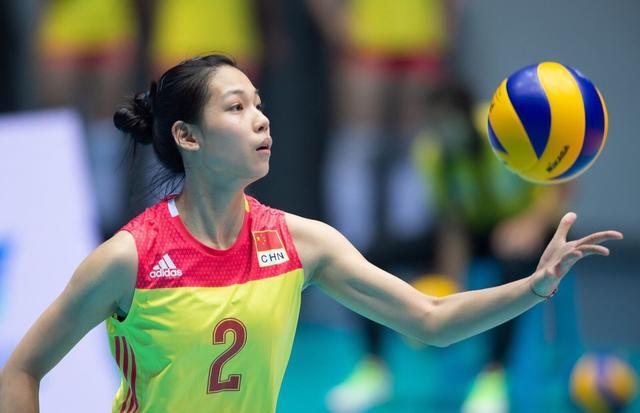 U18世锦赛,中国女排小组全胜晋级十六强,两大天才少女太惊艳了