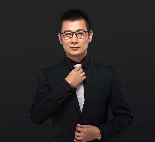 线上线下齐发展呦蓝创始人王明峰推动企业进阶