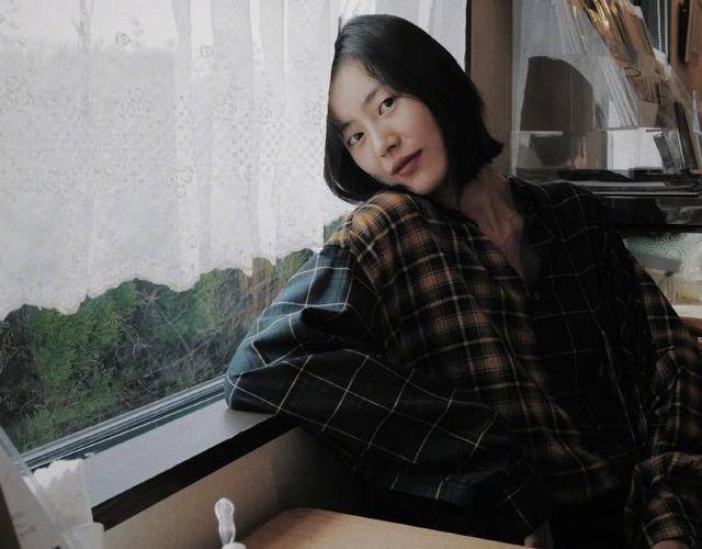 刘雯被曝或缺席纽约时装周,解约风波后资源大减,大表姐后悔吗?