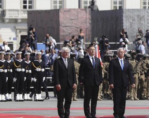 风雨无阻歌词:高举反俄大旗?波兰纪念二战没邀普京,引发战斗民族强烈不满